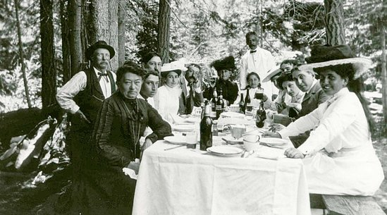 Its 1912 And The Lilienthal Family Is Gathering For An Elegant Meal Outdoors